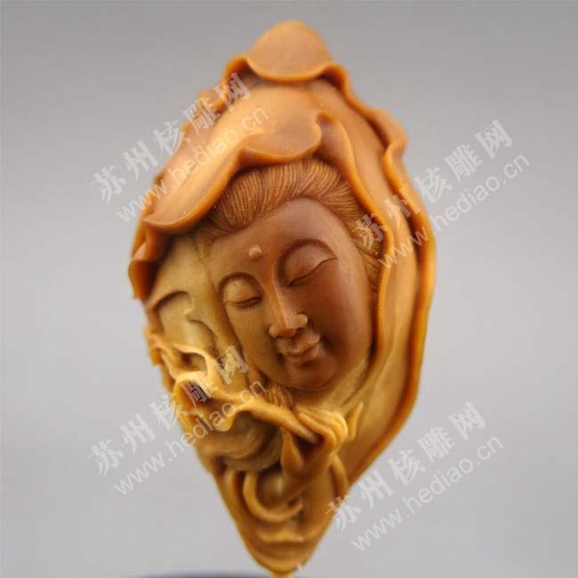 李建东的核雕作品——圣洁